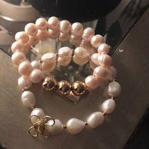 Genuine Pearl Stretch bracelet. 2 for 1